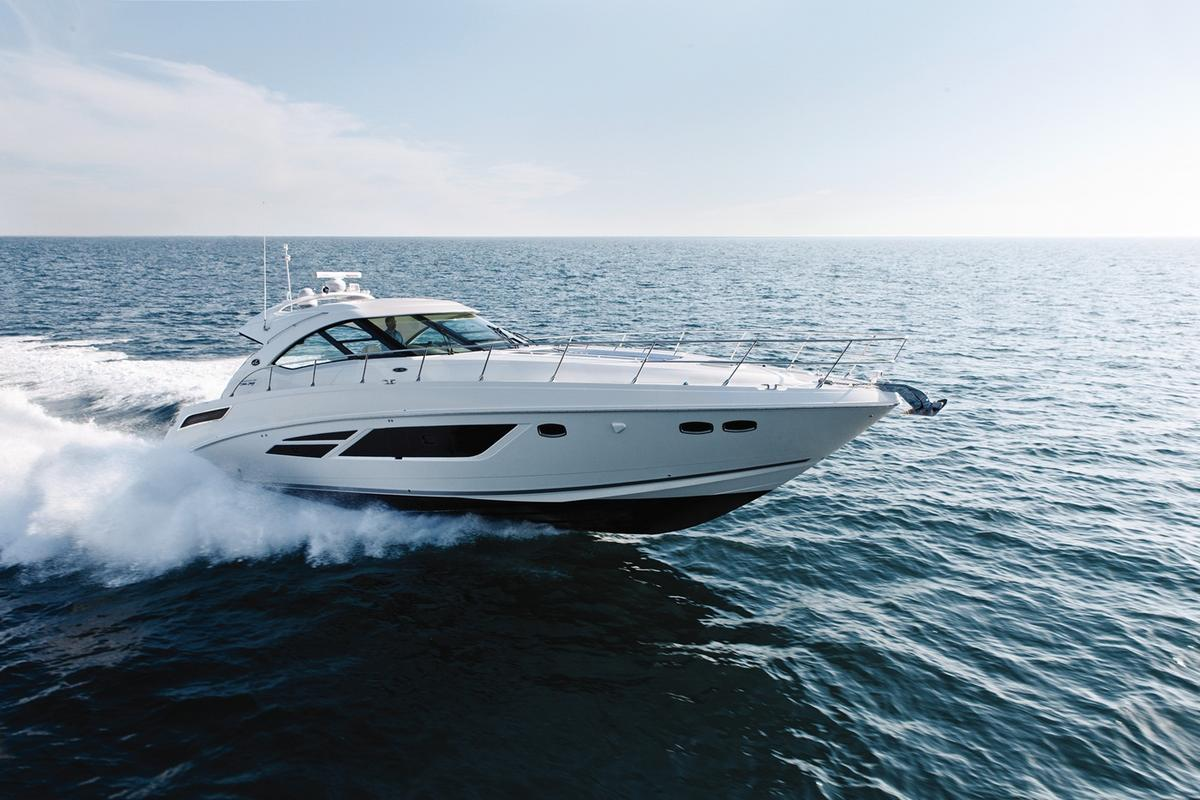 If You Have Never Experienced The World Famous Sea Ray Raised Helm Design New 540 May Just Be Very Yacht That Causes To Fall Truly Madly
